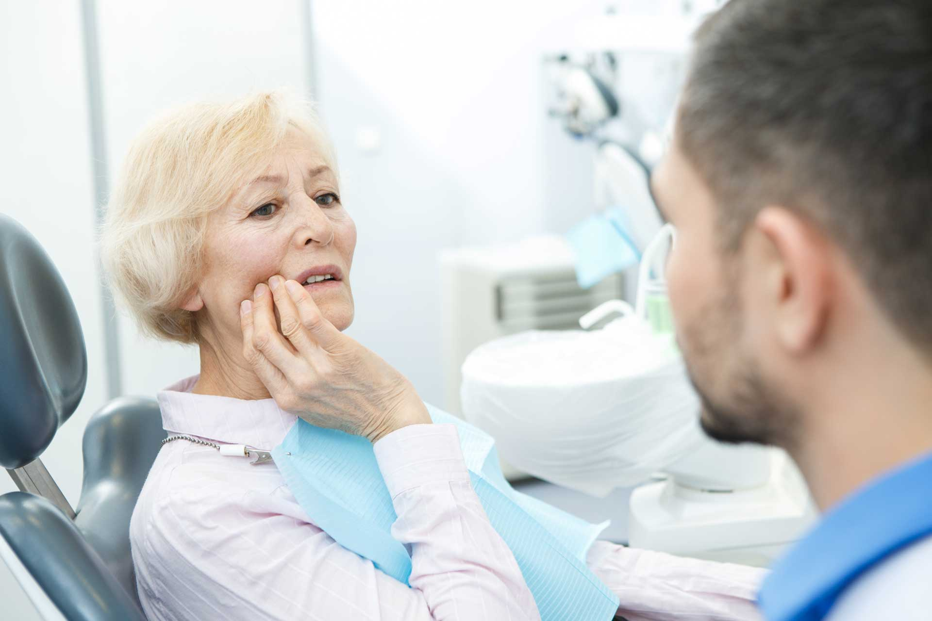 Dry socket – when to see a dentist?